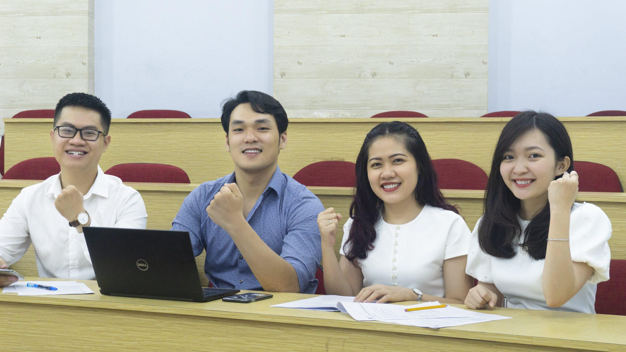 Trả góp để học đã bắt đầu được nhiều sinh viên, học viên Việt Nam tham gia.